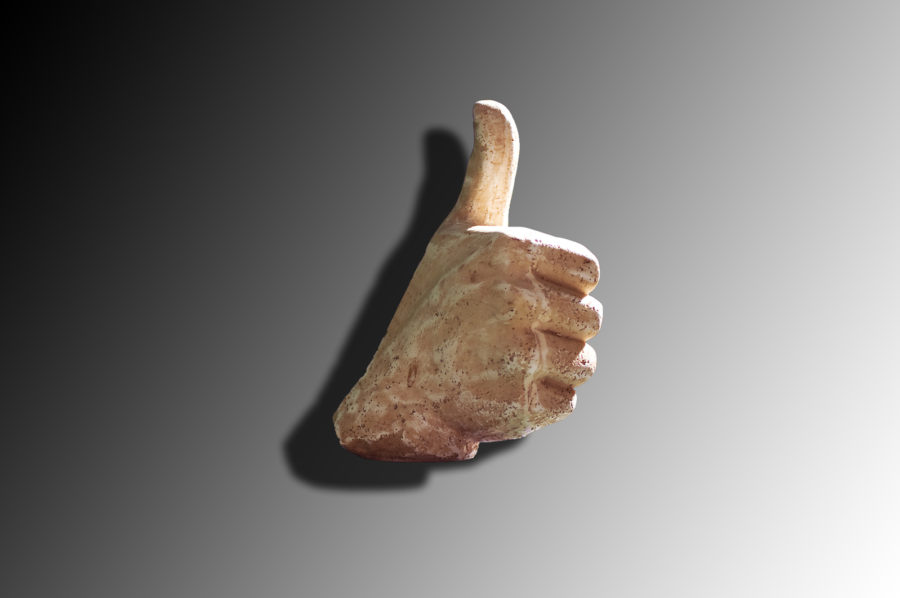thumbs-up-1154101-1598x1061